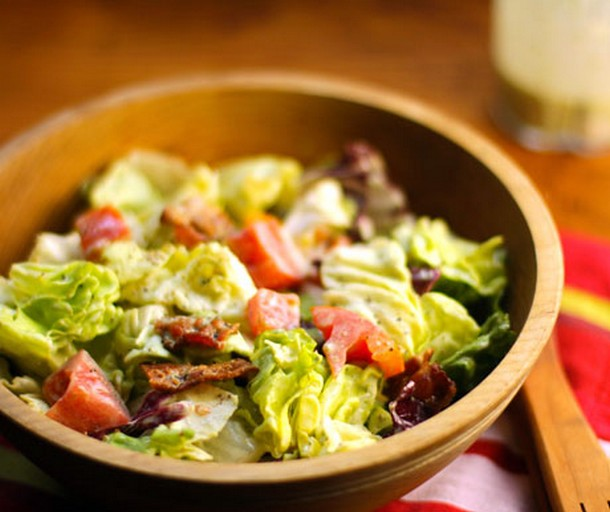 Bacon, Lettuce and Tomato Salad with Creamy Basil Dressing recipe ...