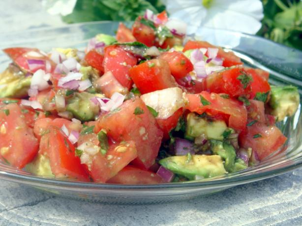 Simple Tomato and Avocado Salad Recipe