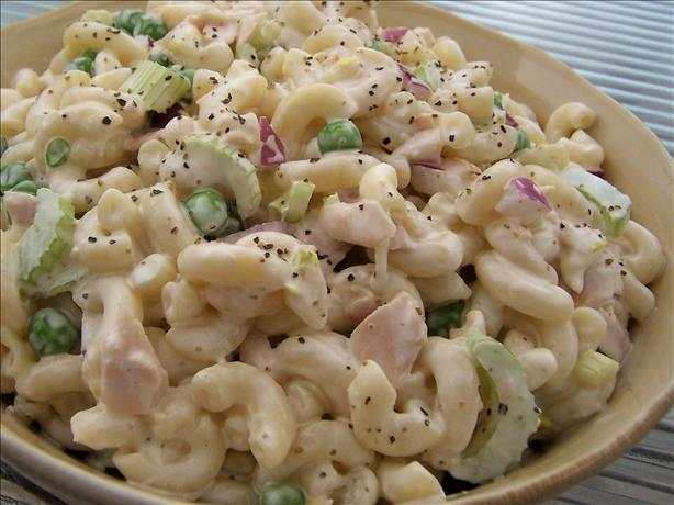Simple tuna pasta salad recipe easy salad recipes for Tuna fish salad recipe with egg